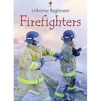 Firefighters (New edition) by Katie Daynes - 9780746080498 Book