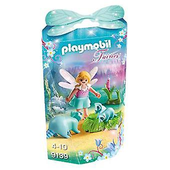 Playmobil 9139 Collectable fe pige med vaskebjørne