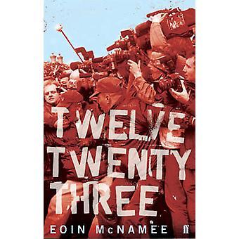 12 -23 - París, 31 de agosto de 1997 por Eoin McNamee - libro 9780571223428