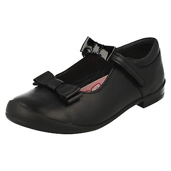 Girls Startrite Mary Jane Style School Shoes Pussycat Bow