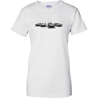 Scorpion Light Tank - British Army Recon Combat Vehicle - Ladies T Shirt
