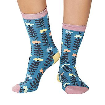 Lore women's super-soft bamboo crew socks in lagoon | By Thought