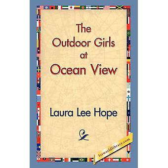 Las chicas al aire libre vista al mar por esperanza y Laura Lee