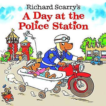 Een dag op het politiebureau (Richard Scarrys)