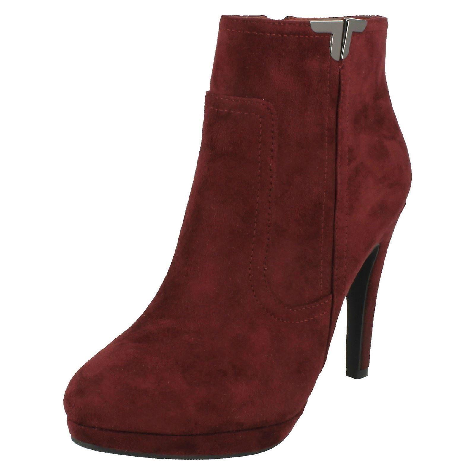 Ladies Spot On Slim Heel Ankle Boots F50679