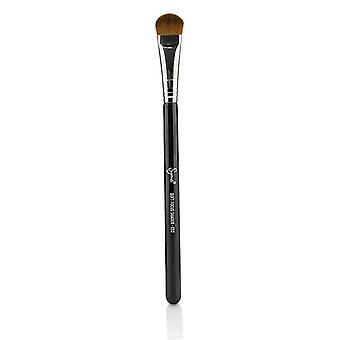 Sigma Beauty E52 Soft Focus Shader Brush - -