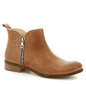 Leonardo Shoes Women's handmade ankle boots in light brown openwork leather