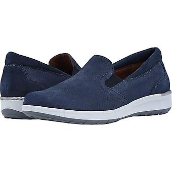 Walking Cradles Womens Orleans Leather Closed Toe Loafers