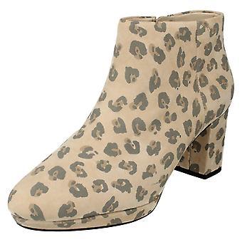 Ladies Clarks Smart Ankle Boots Kelda Nights