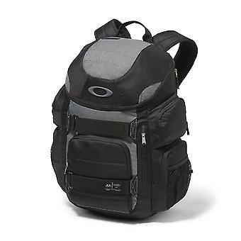 Oakley Enduro 30L 2.0 Backpack - Blackout
