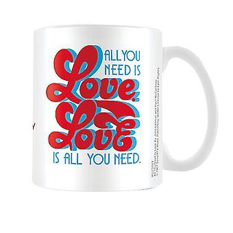 The Beatles Tasse All You Need Is Love weiß, bedruckt, aus Keramik, Fassungsvermögen ca. 315ml., in Geschenkkarton.