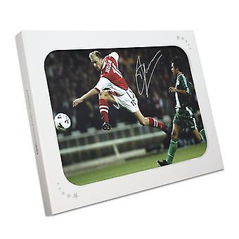 Dennis Bergkamp a signé Arsenal Photo: Fusillade dans une boîte cadeau