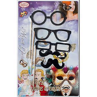 Vittigheder overskæg på pind / briller på en pind