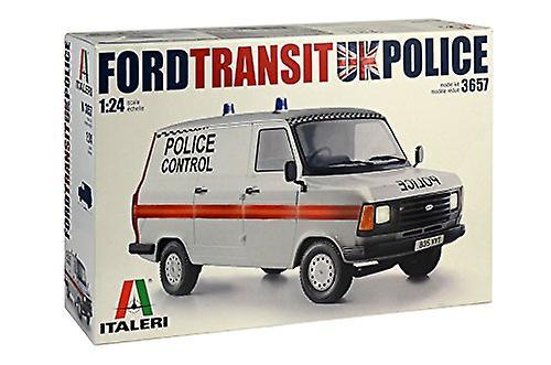 Italeri 3657Ford Transit UK Police
