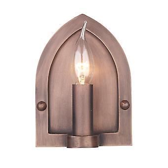 Lindisfarne vägg ljus med en koppar Finish
