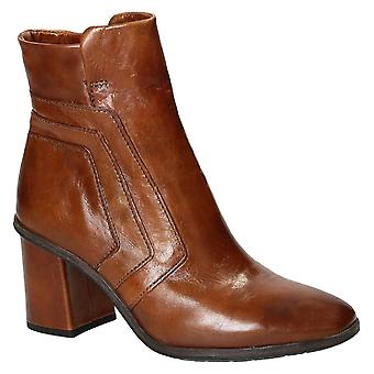 Leonardo Shoes heeled ankle boots in brown leather