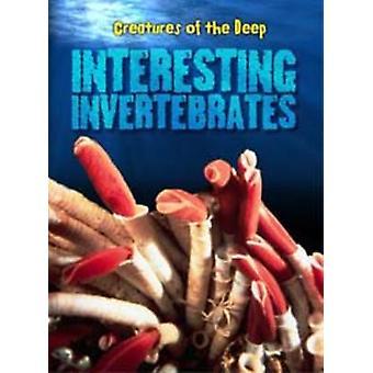 Invertebrados interessantes por Heidi Moore - 9781406226416 livro