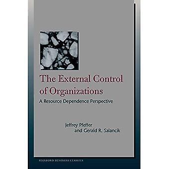 Extern kontroll av organisationer: en resurs beroende perspektiv (Stanford Business böcker)
