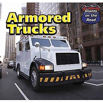 Bepansrade lastbilar (jättar på väg)