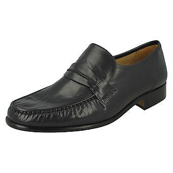 توماس رجالي بلانت كشف رسمي في بوسطن أحذية