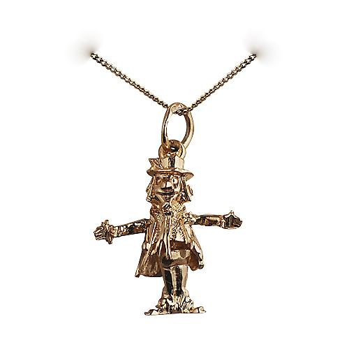 9ct Gold 18x17mm moveable Scare Crow Pendant with a curb Chain 16 inches Only Suitable for Children