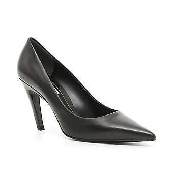 Balenciaga women's 444739WABK01000 black leather pumps