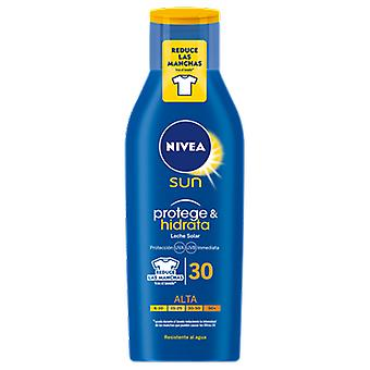 Nivea Lait Protecteur Solaire Protect and Hydrate Fps 30