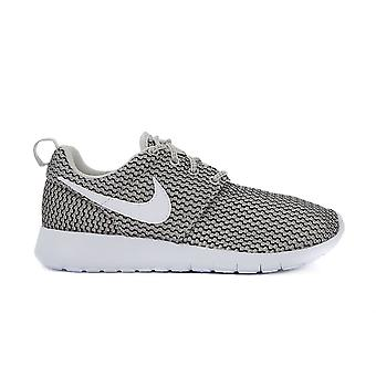 Nike Roshe One GS 599728041   women shoes