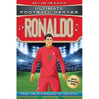 Ronaldo (Classic Football Heroes - Limited International Edition) (Classic Football Heroes - Limited International Edition)