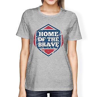 Hem för de modiga amerikanska flaggan skjorta dam Grå grafiska Tshirt