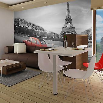 Tapete - Eiffelturm und rotes Auto