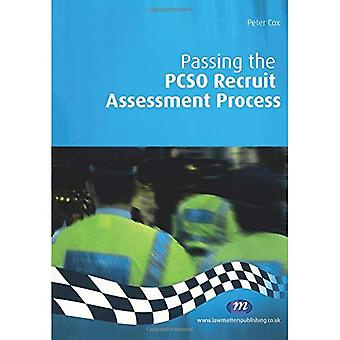 Passing the PCSO Recruit Assessment Process (Practical Policing Skills) (Practical Policing Skills)