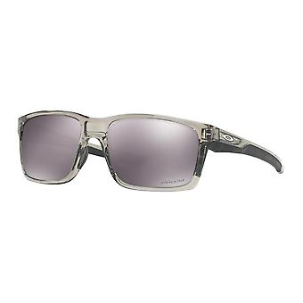 Oakley OO9264 31 Grey Ink Mainlink Square Sunglasses Lens Category 3 Lens Mirrored Size 57mm